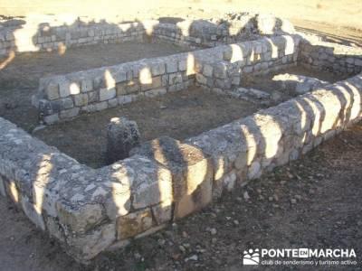 Yacimiento arqueológico Clunia Sulpicia; asociacion de montañismo; abril viajes
